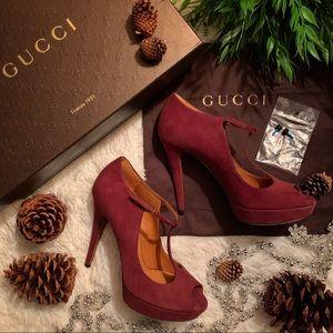 Authentic Gucci Kid Scamosciato Scarlatto Heels